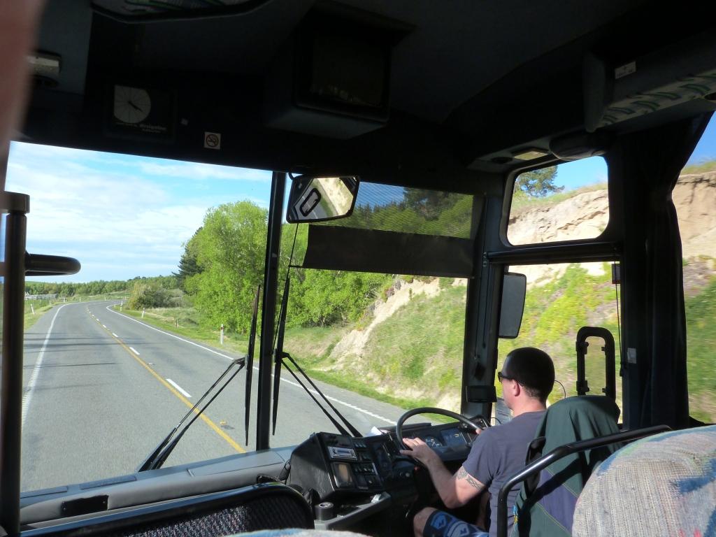 Kiwi Experience Bus